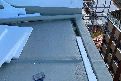 Cubierta plana con aislamiento térmico y lámina de PVC