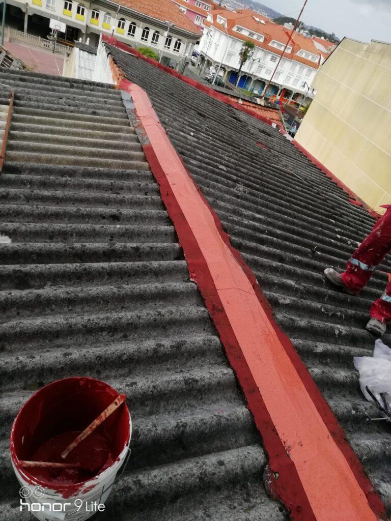 impermeabilización del vértice del tejado.